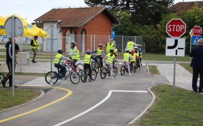 U Vinkovcima otvoreno Prometno vježbalište za edukaciju djece biciklista i pješaka